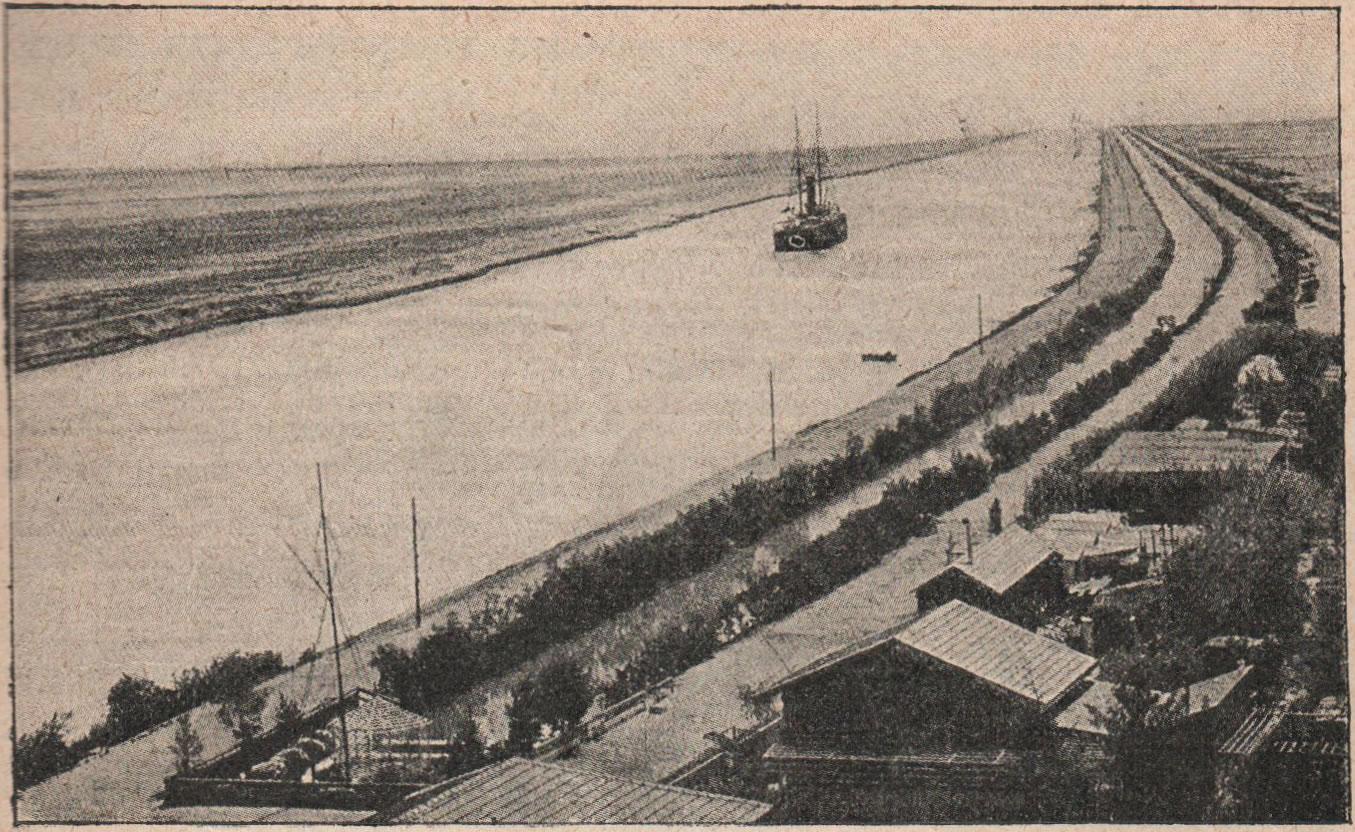Рис, 58. Суэцкій каналъ, прорытый на мѣстѣ Суэцкаго перешейка, соединяетъ Средиземное море съ Индійскимъ океаномъ.